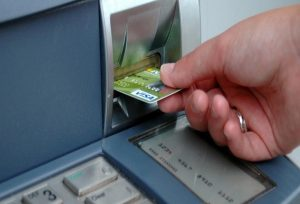 A Brief Guide That Will Help You Buy an ATM Machine